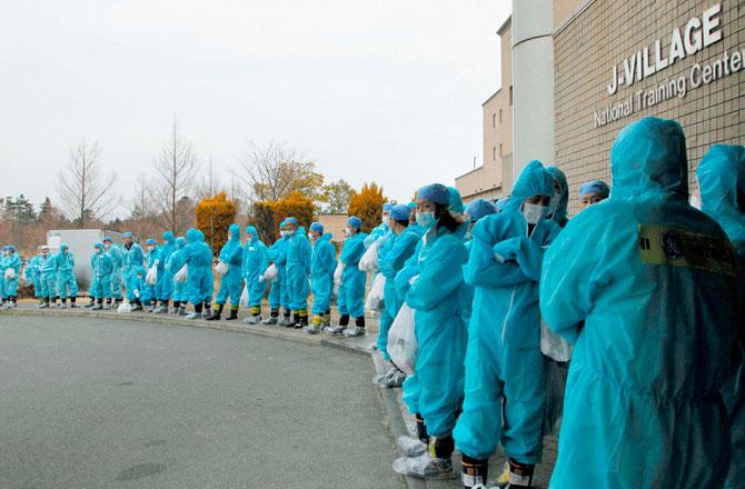 fukushima-workers.jpg