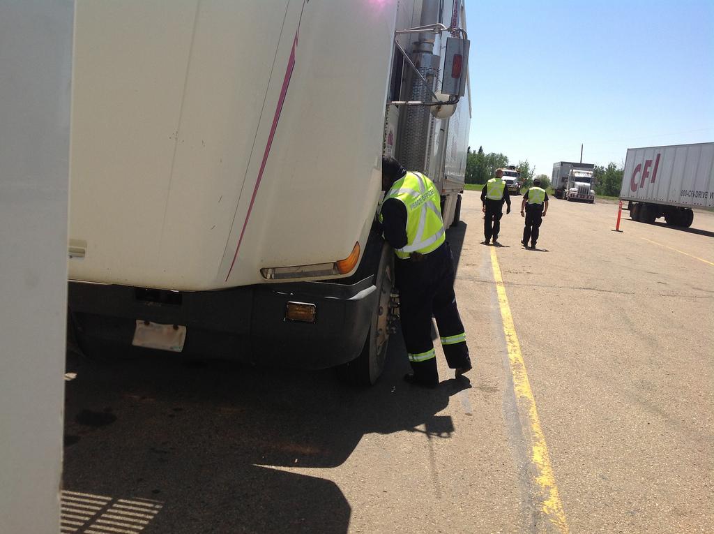 truck%20inspection.jpg
