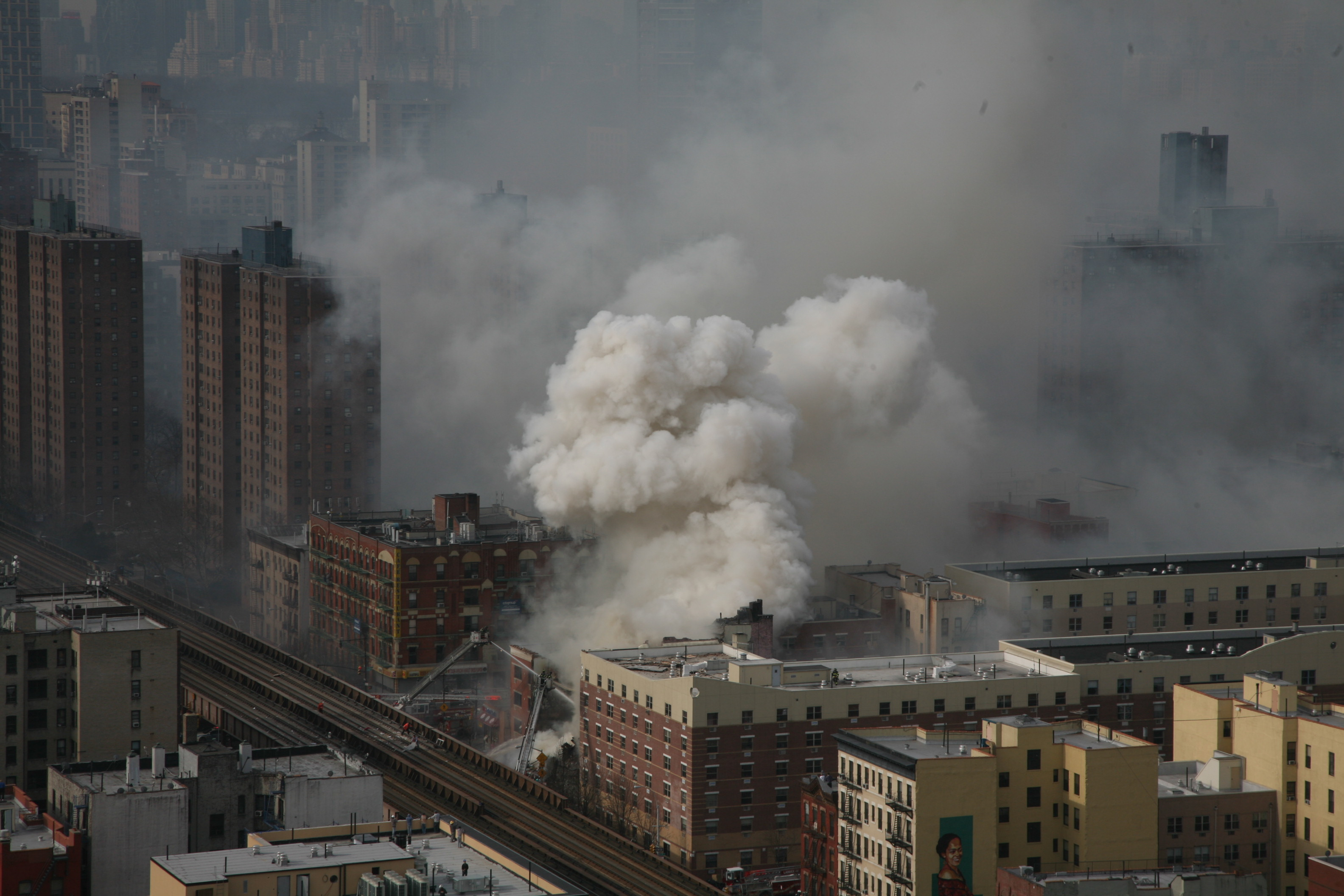 East_Harlem_apartment_explosion_aerial_view