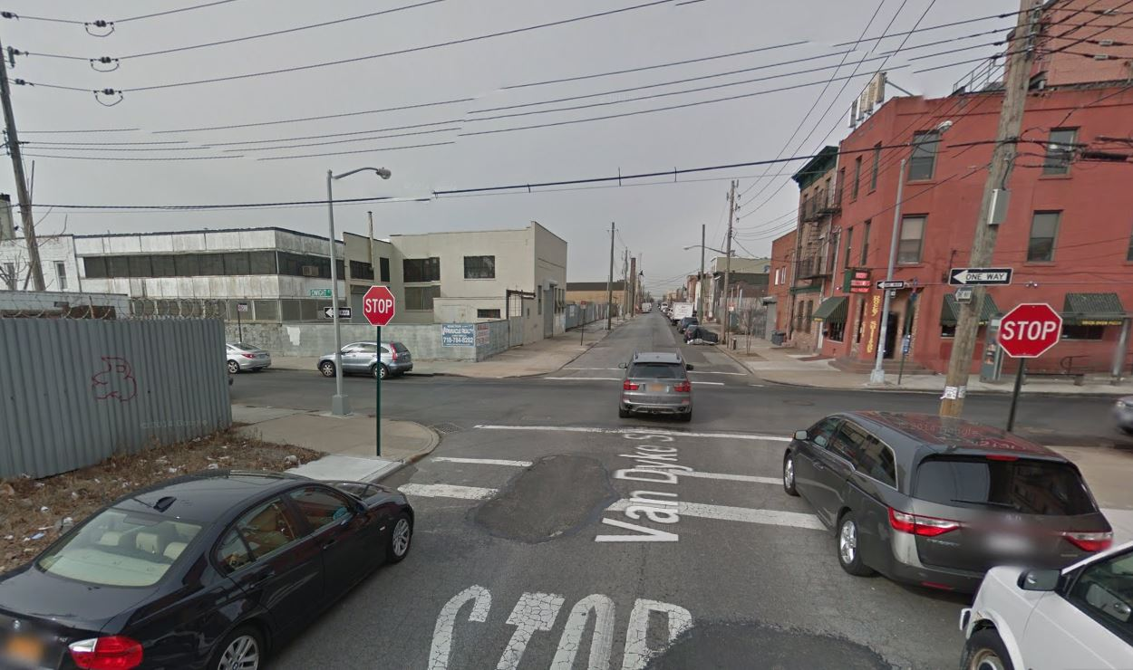 Intersection where the MTA Bus hit the Bicyclist