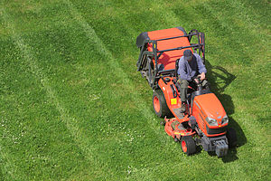Riding-mower-Wikipedia