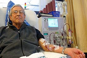 280px-Patient_receiving_dialysis_03
